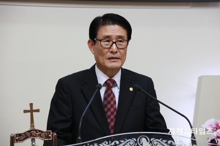 합보 총회장 황덕광 목사 설교1.JPG