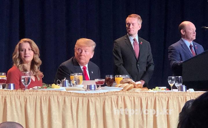 미국 프럼프 대통령 소강석 목사1.jpg