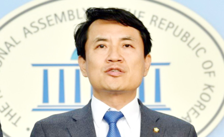 김진태의원.JPG