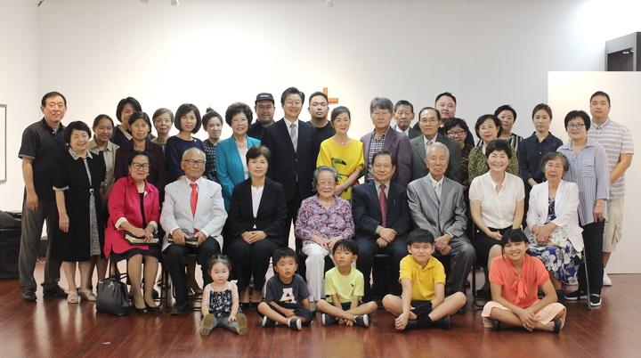 cpj 01 나성글로리아교회 창립예배.jpg