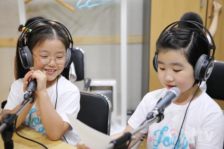 3. CTS JOY어린이영어합창단 라디오 체험03.jpg