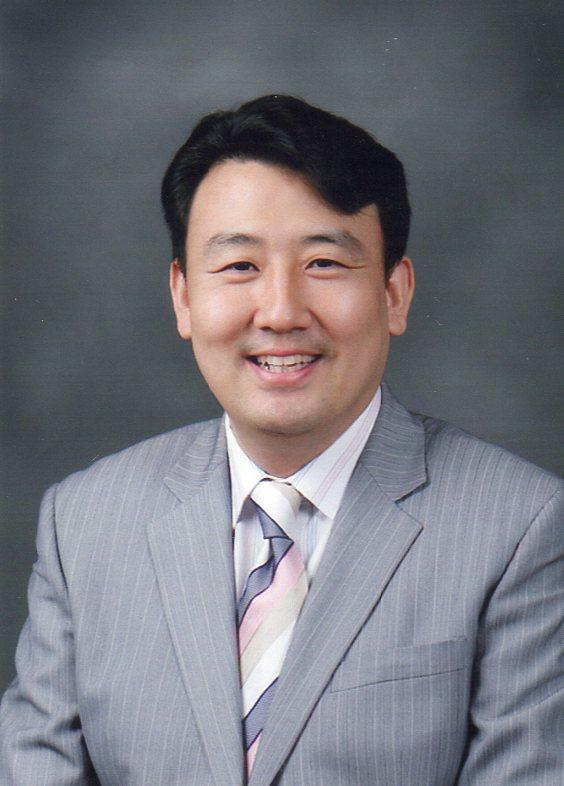 2 목양칼럼 조영만 목사(시온교회).jpg