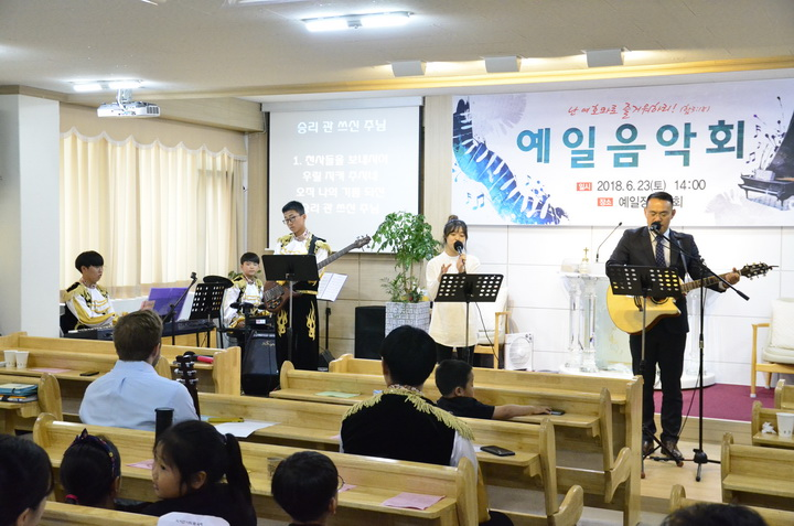 신덕교회 찬양팀-04.jpg