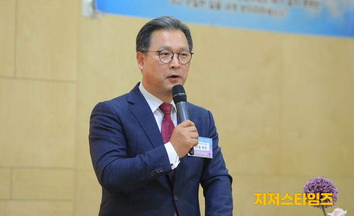 6. 인사말 이수형 목사(강원도기독교총연합회장)-03.JPG